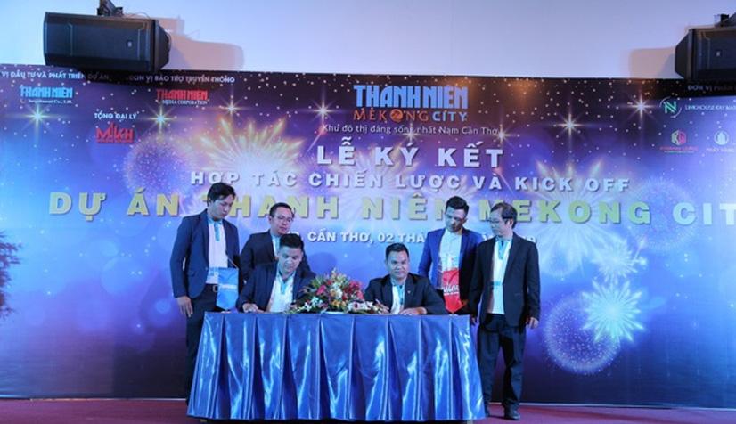 Đại diện lãnh đạo cấp cáo của các đối tác cùng ký kết thỏa thuận hợp tác phân phối dự án Thanh Niên Mekong City